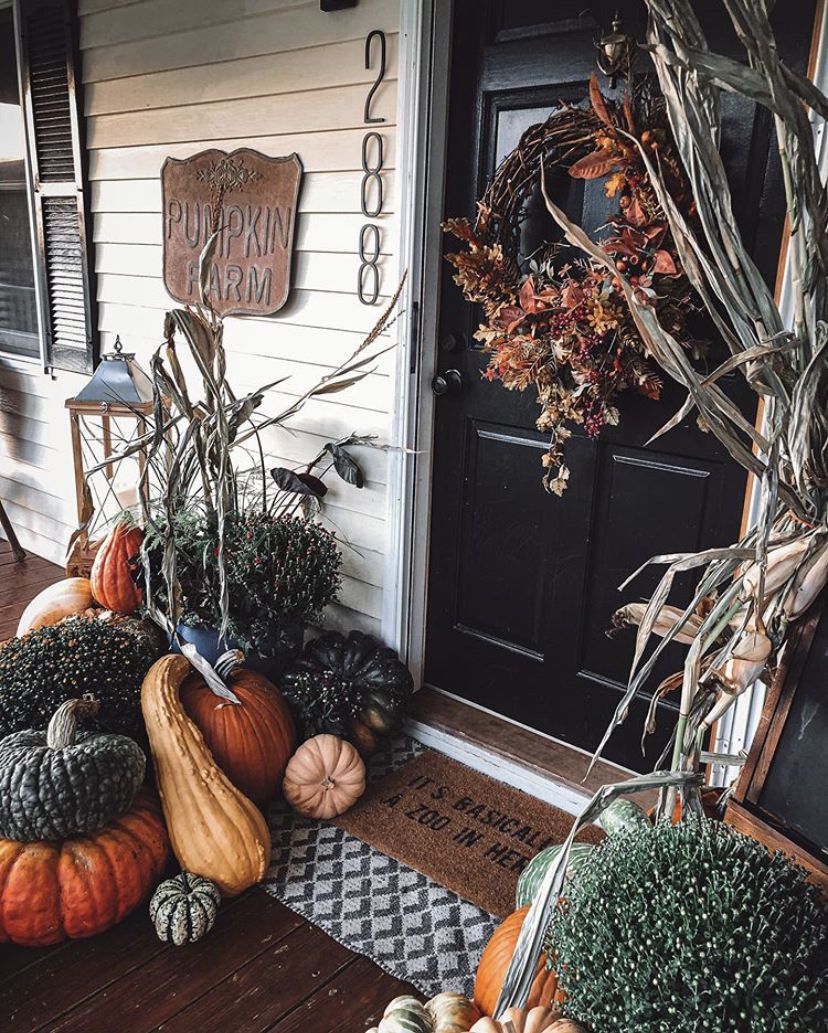 3 Ways to Style our Pumpkin Farm Sign