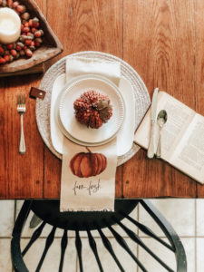 How to create a perfect place setting